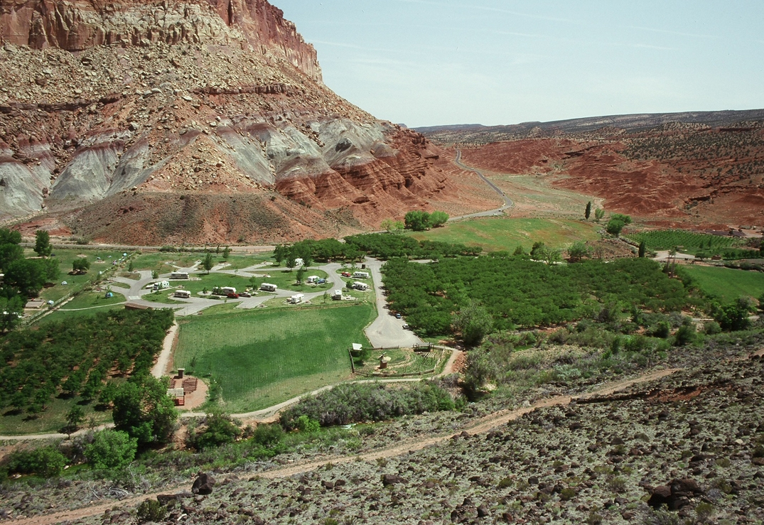 capitol reef campgrounds