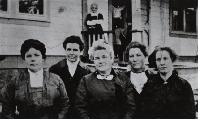 The Kanab all-woman town council served from 1911 to 1913. Left to right: Luella McAllister, treasurer; Blanche Hamblin, councilor; Mary W. Chamberlain, mayor; Tamar Hamblin, clerk; Ada Seegmiller, councilor.