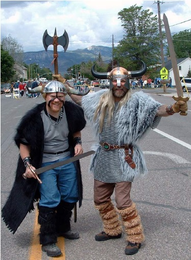 "Several families with roots in Ephraim have made it a yearly tradi􀆟 on to dress up as Vikings and take part in the Scandinavian Fes􀆟 val. Pictured here is Ned ""Lars"" Larsen (at right) with his son-in-law Daniel ""Sven"" Galloway."